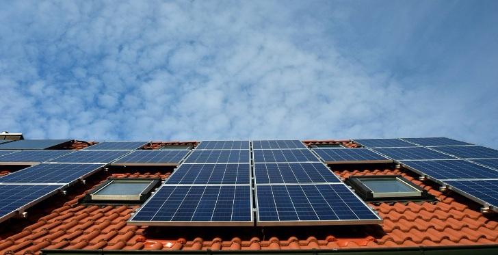 Bespaar honderden euro's per jaar met zonne-energie