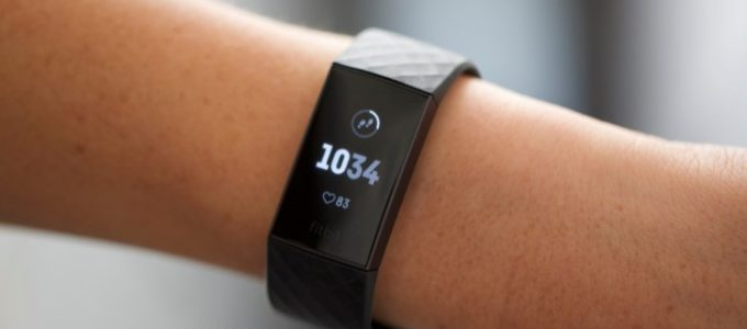 Win een Fitbit Charge 3 t.w.v. € 149